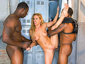 Cheri Deville auditions to be the team slut image 6